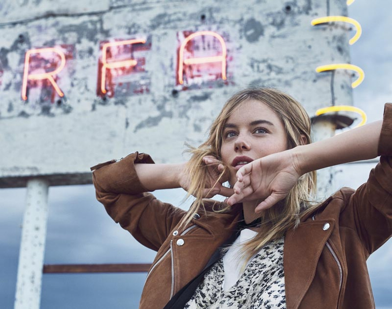 camille-rowe-7