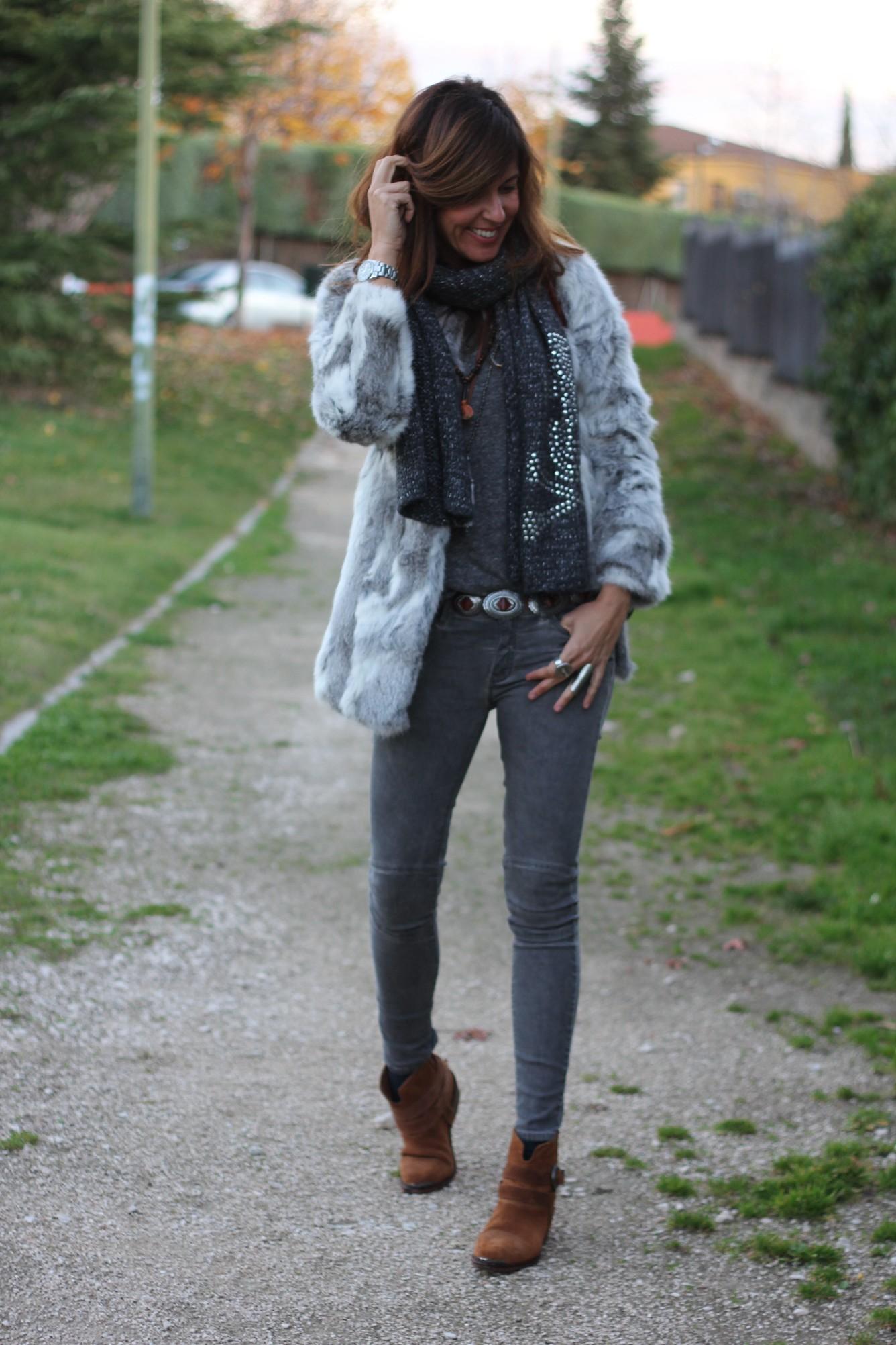 cozy coat in grey-58423-mytenida