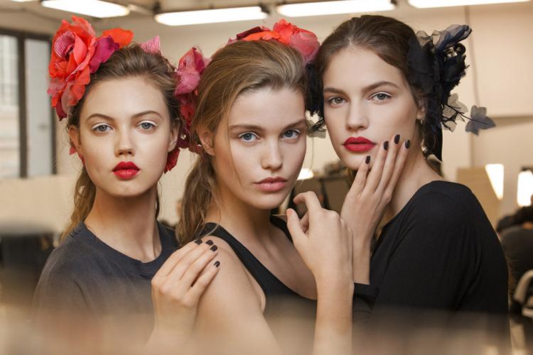 Elogio del Maquillaje-575-lolette