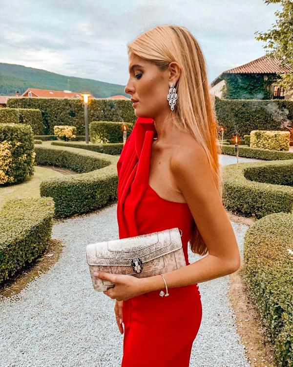vestido rojo asimetrico teresa andres gonzalvo