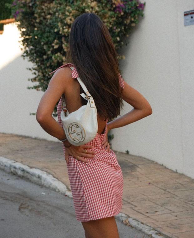 Melissa Villarreal con vestido de cuadros vichy | Plaza Mayor