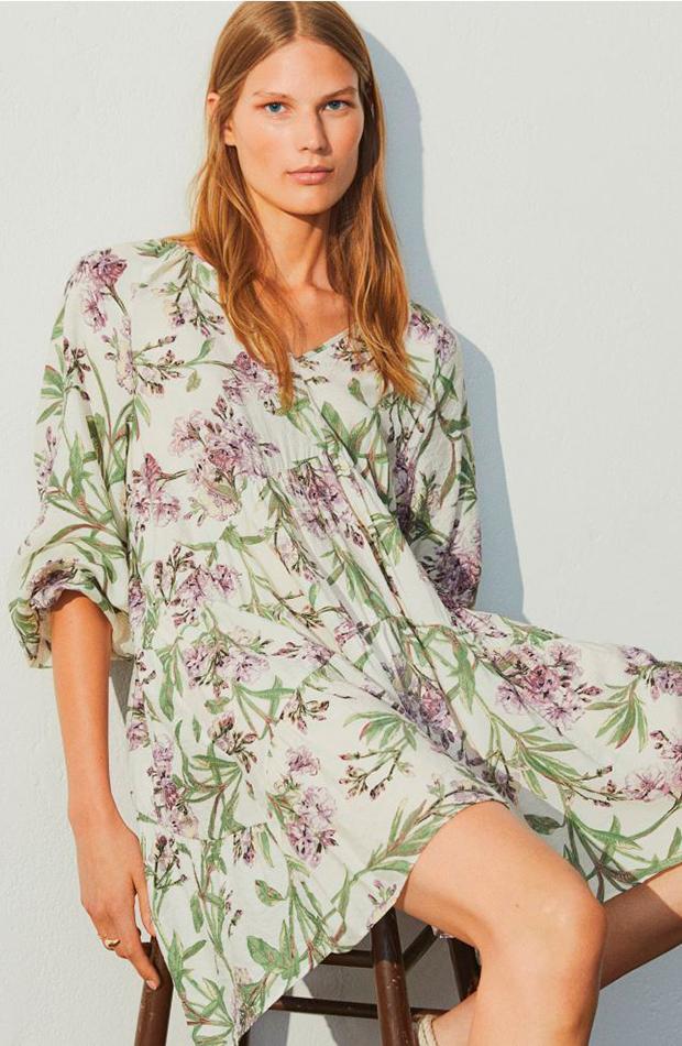 Vestido con estampado de flores de H&M