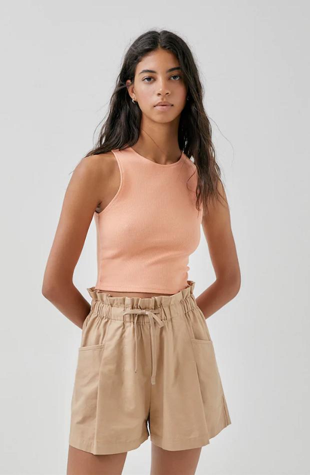Top en color naranja pastel de Pull & bear tops de verano