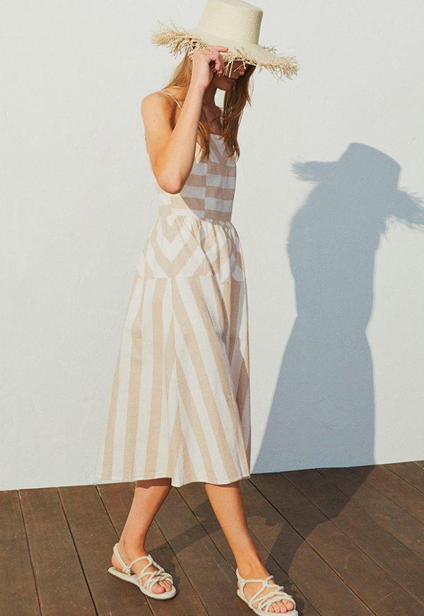 Vestido de rayas de lino de H&M