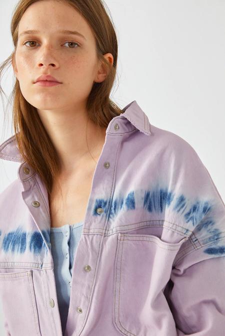 Camisa tie dye looks de influencers Pull&Bear