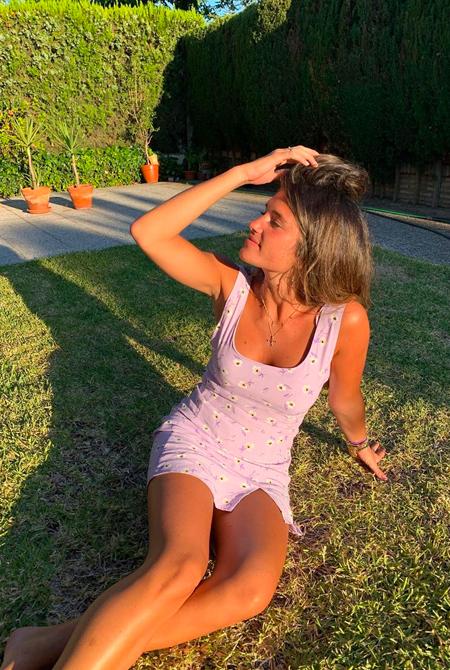 Marta Vidaurreta vestido lila