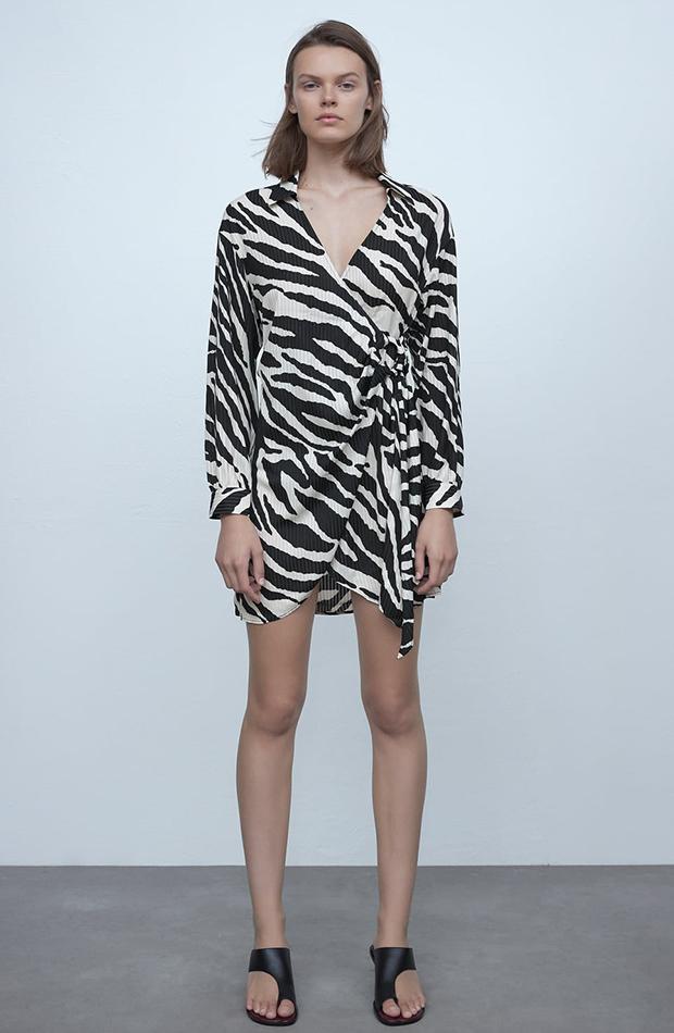 Vestido con estampado de cebra de Zara