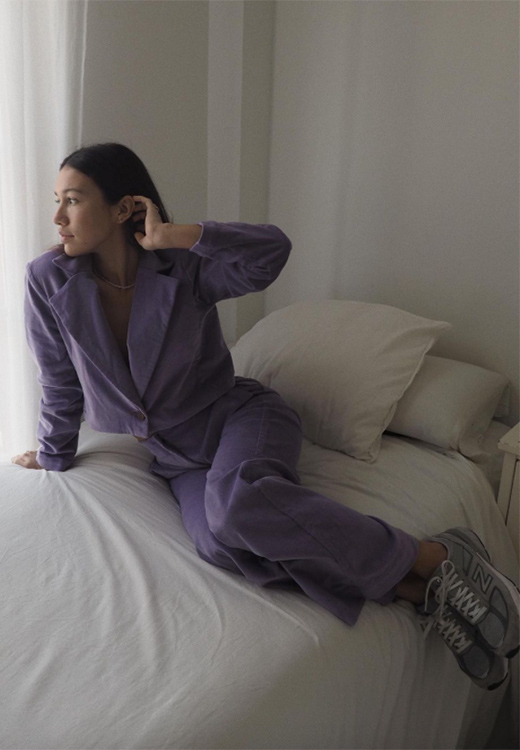 Melissa Villarreal con look en lila