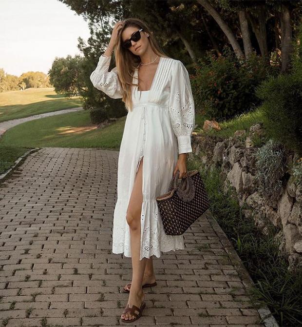 Influencers con con vestido blanco