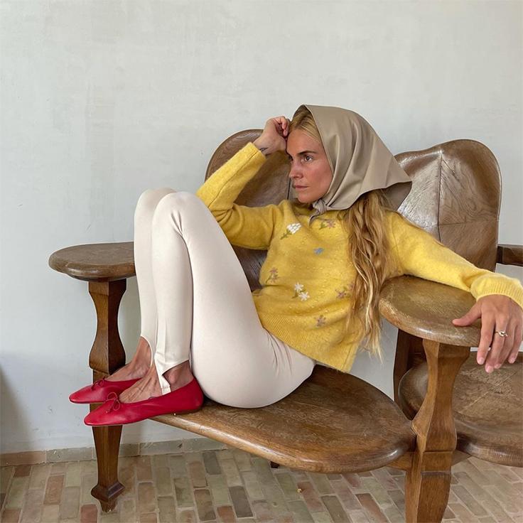 blanca miro prendas virales jersey de mango amarillo