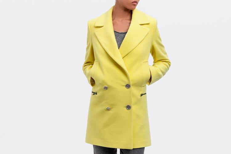 abrigo-amarillo