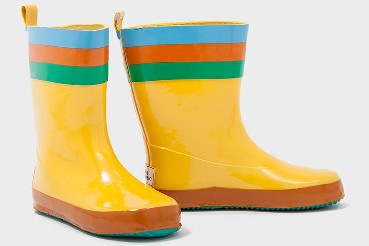 botas agua amarilla