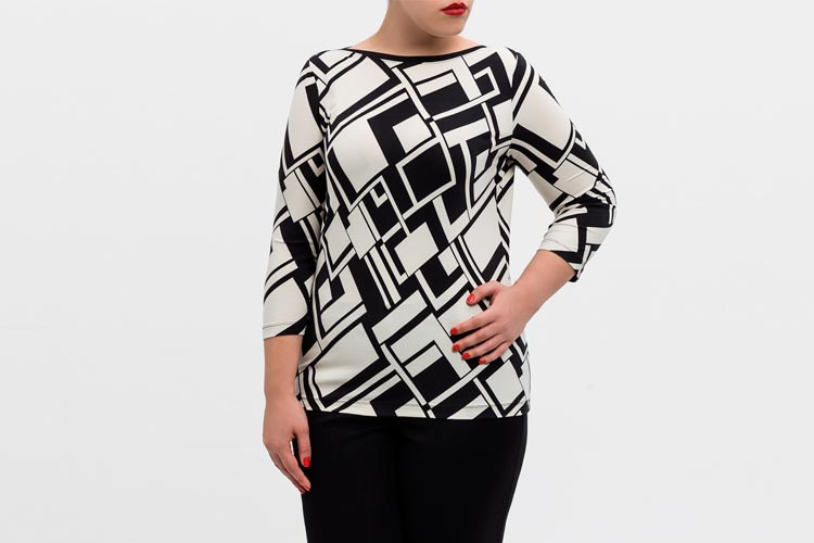 camiseta-estampada-blanco-y-negro
