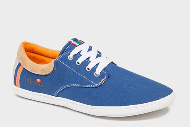 zapatillas azules