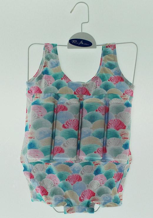 f029f18f6 ropa de playa para bebés en primeriti Patricia de Mendiluce bañador
