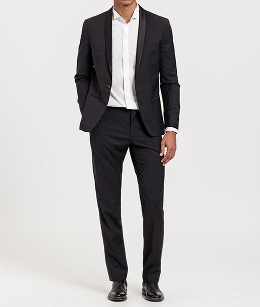 Trajes de Calvin Klein con descuento cuello esmoquin