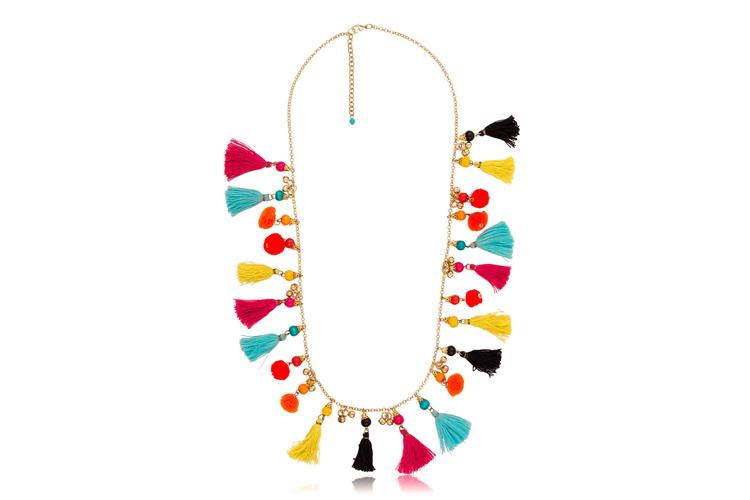 Complementos de colores collar borlas