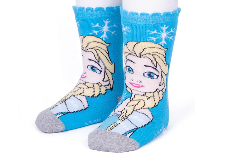 ropa de niños con descuentos en primeriti. calcetines frozen