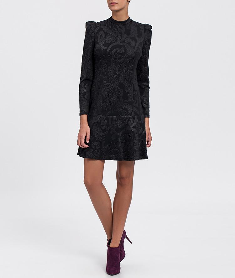 Tu vestido negro de Cabotine en Priemriti. Corto