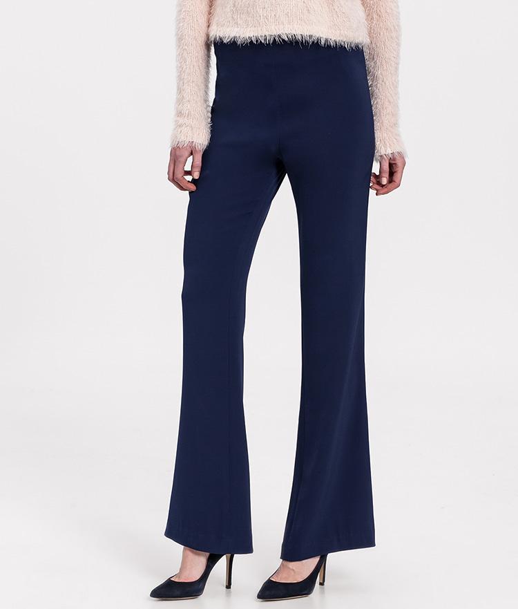 Pantalones lisos campana