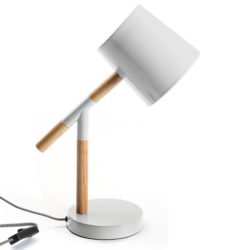 Lámparas de mesa con descuento. Flexo blanco y madera