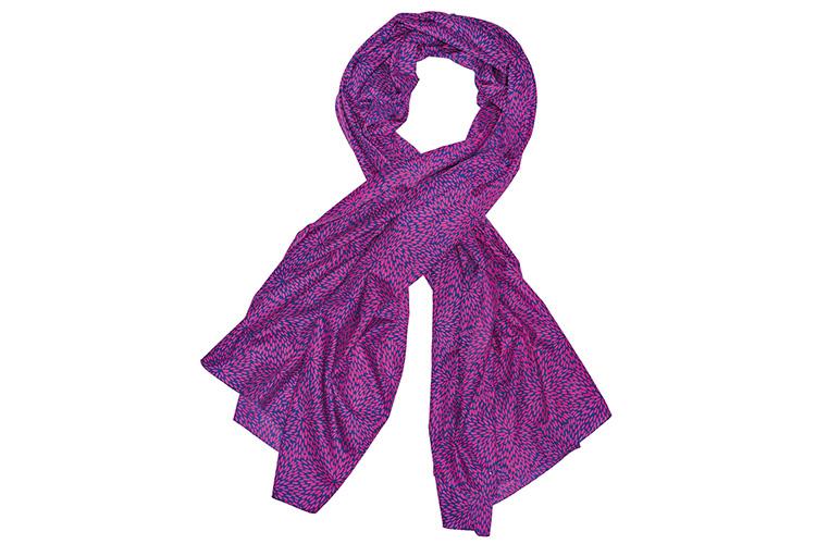 Consejos para llevar un pañuelo. Devota&Lomba estampado rosa
