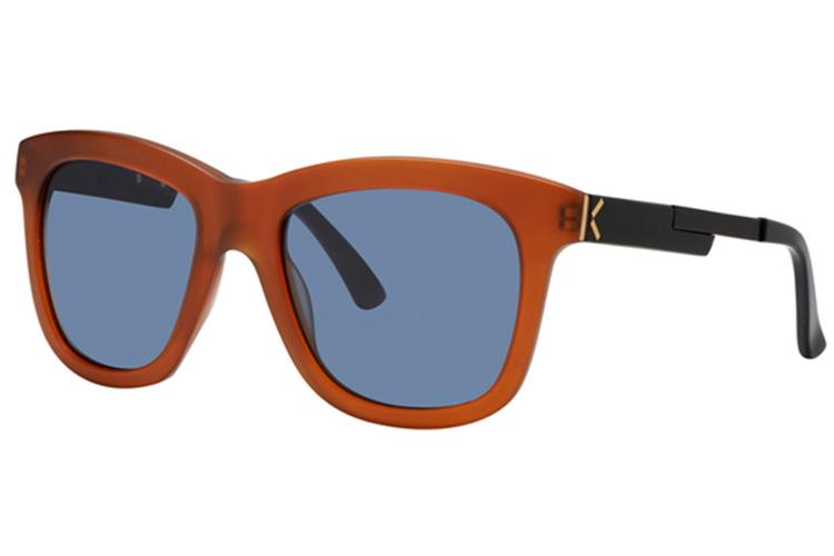 Gafas de sol. Mujer naranjas