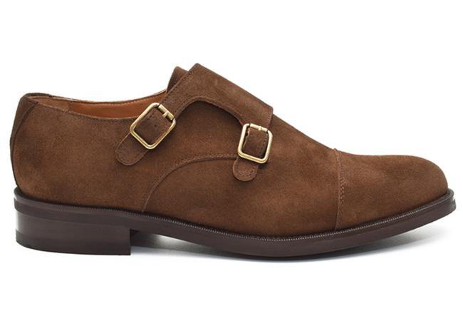 zapatos de piel. Monks