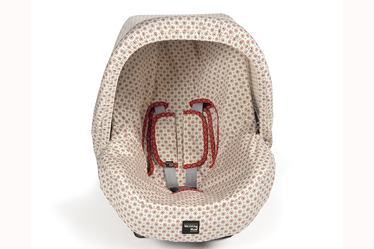 Accesorios de bebé. Cuco coche