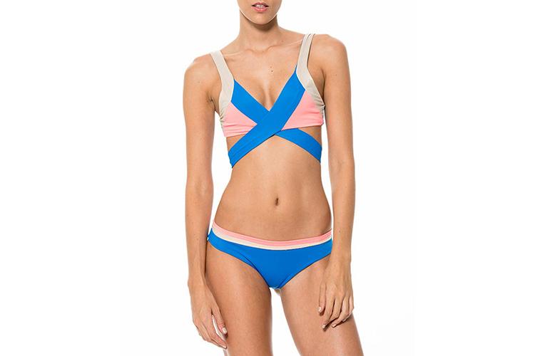 Bañadores. bikini tricolor