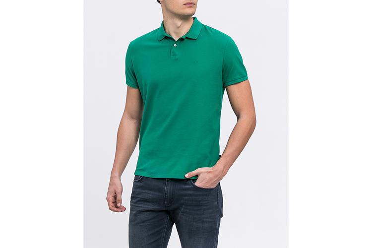 Calvin Klein. Polo verde