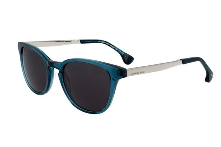 Accesorios. Gafas de sol azules