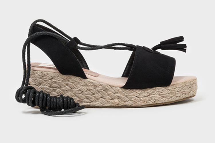 Alpargatas. Sandalias negras