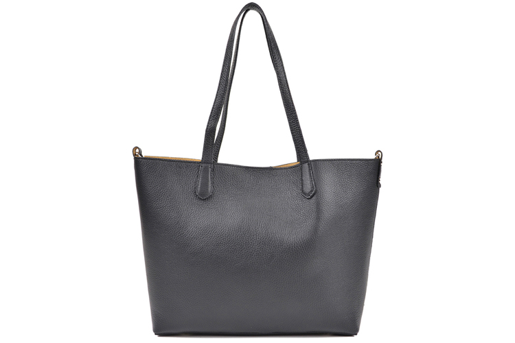 Bolsos de temporada. Shopper negro