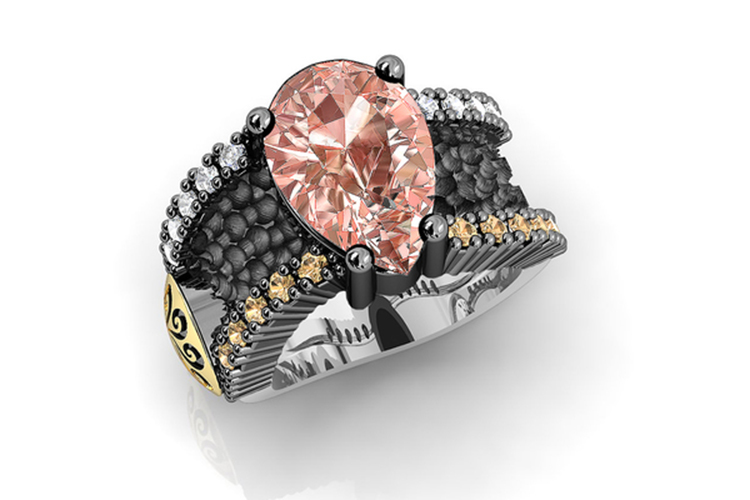 Bohemme. Anillo con piedras de colores y piedra central rosa