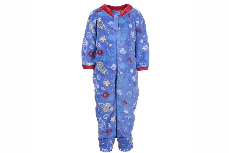 Pijamas infantiles. Pijama manta azul con naves espaciales de niño
