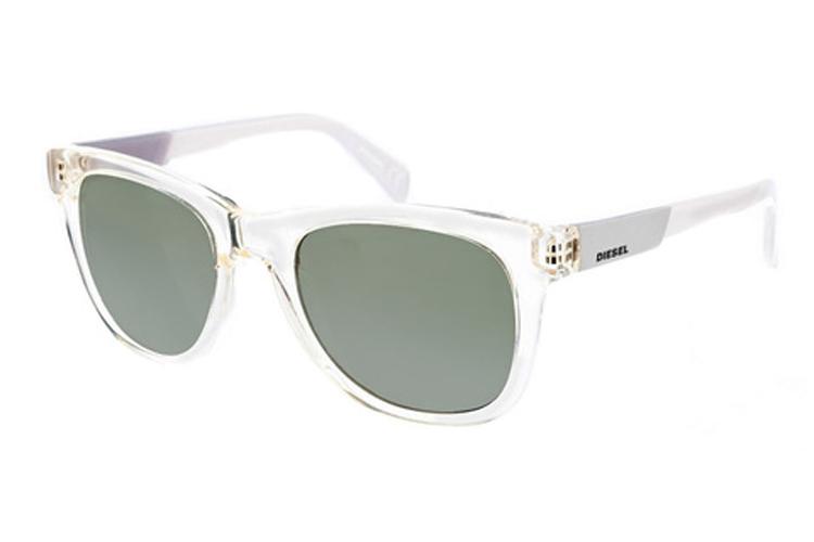 Renueva tus gafas de sol. Gafas de pasta blancas
