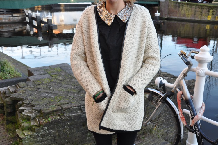 Cardigan by the canal-48560-redvelvet