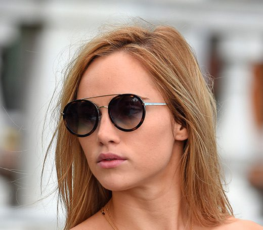 Gafas de sol: el accesorio más básico - Revolve Clothing