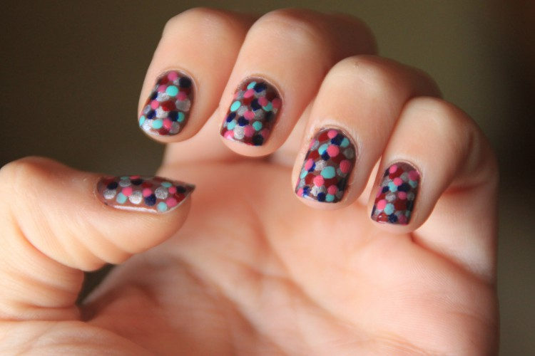 nailart | coloreddots-49336-secondskin
