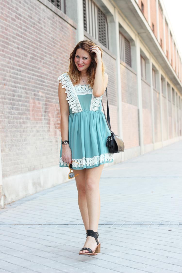 sushi-sandalis-malbac-dress