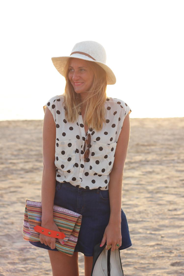 blogger-hat
