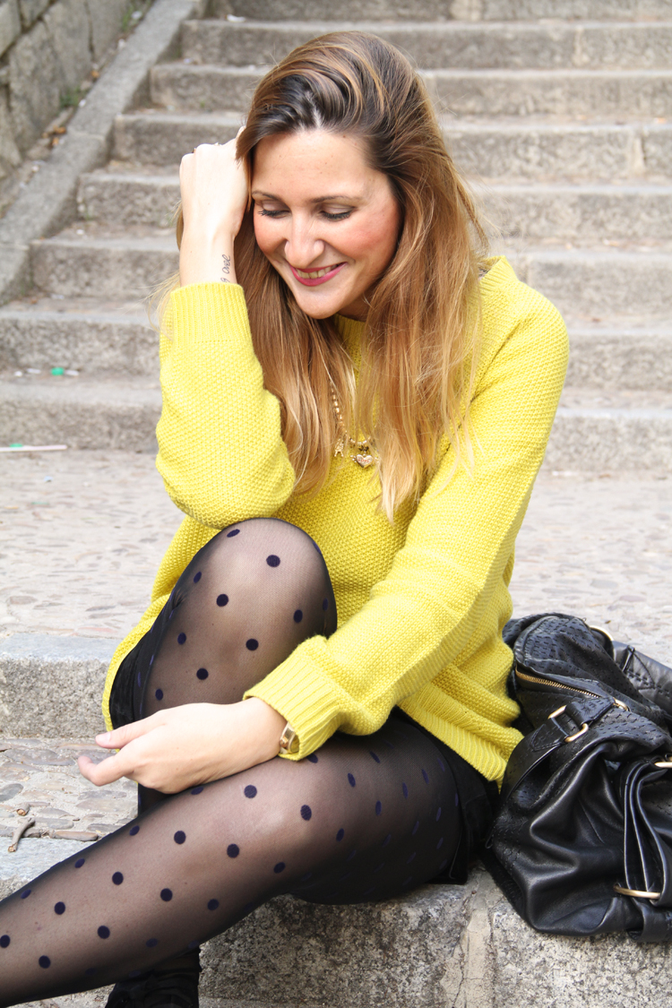 falda-negra-medias-plumeti-jersey-amarillo+