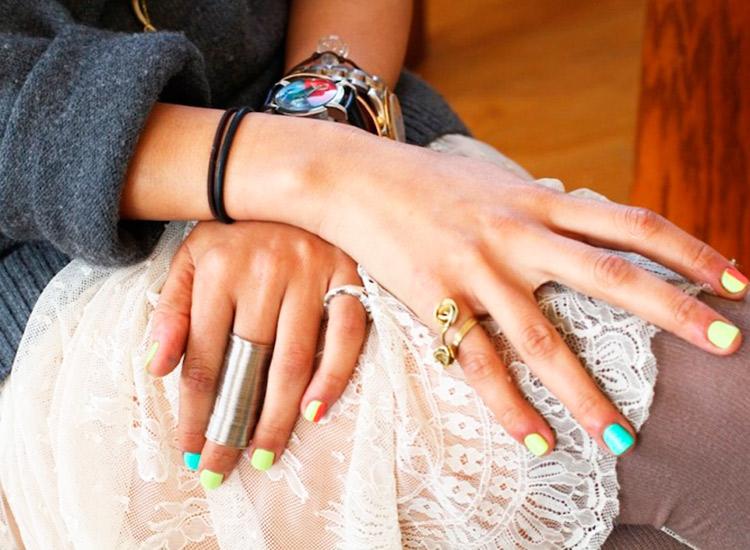 laila-gohar-nails