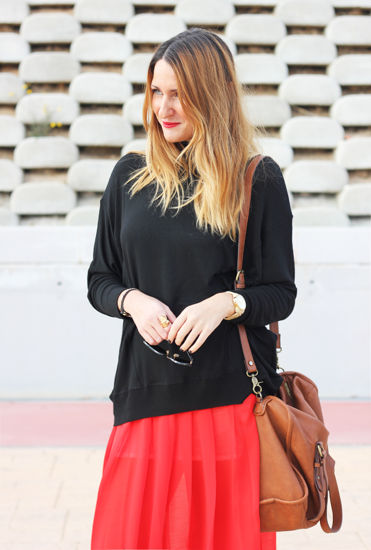 red-skirt-black-sweater