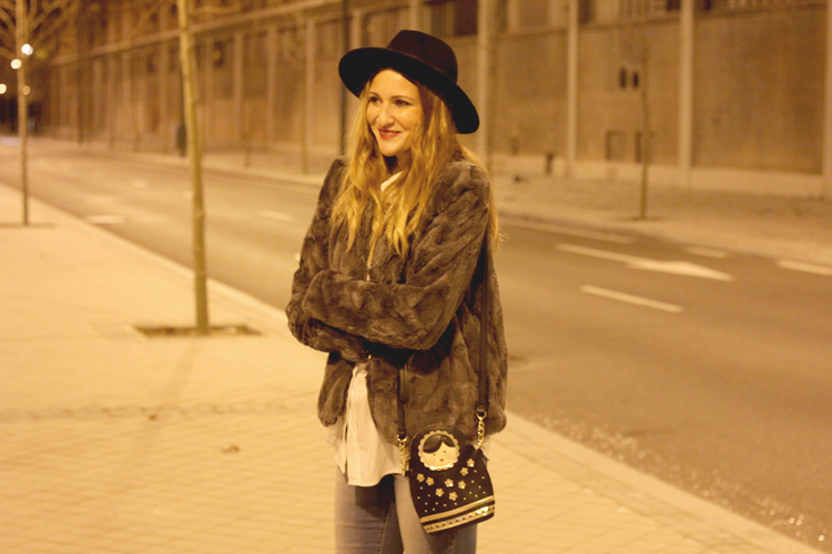 hat-look