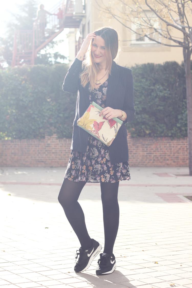 vestido-flores-blazer