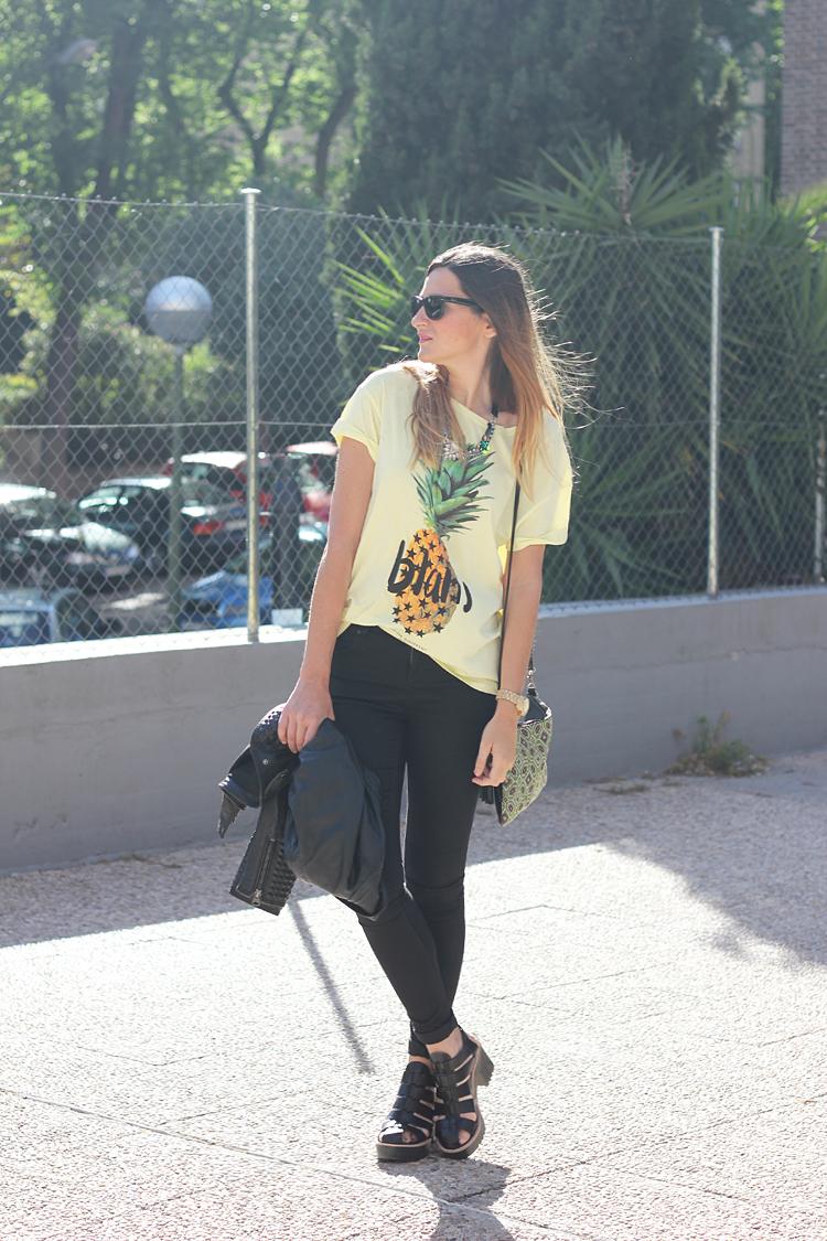 camiseta-pina-jeans-negros