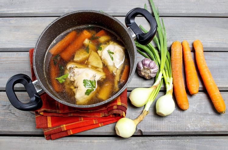 sopa-de-verduras-pollo