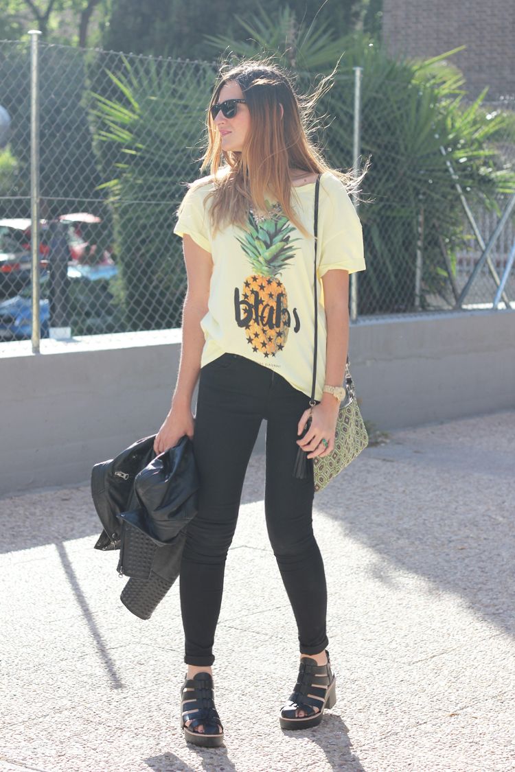 yellow-black-look
